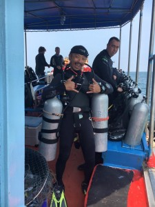 All prepped and ready to go on a PADI Sidemount course